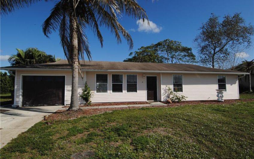 451 NE 1ST Ave Cape Coral, FL 33909